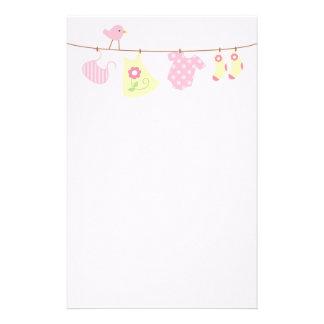 Baby-Wäscherei (Rosa) Individuelle Druckpapiere