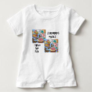 Baby-Weißspielanzug mit 2 Mamas Baby Strampler