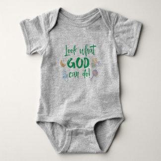Baby-Wunder: Schauen Sie, was Gott Zitat tun kann Babybody