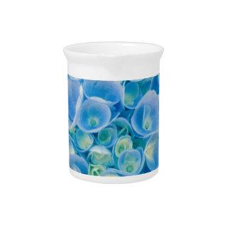 Babyblau Hydrangeablüte Krug