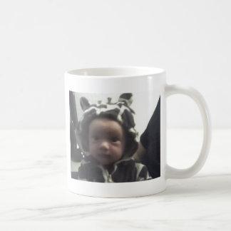 Babygiraffe am 28. Oktober Kaffeetasse