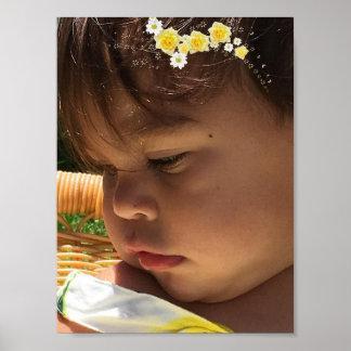 Babymädchen-Gelb-Blumen Poster