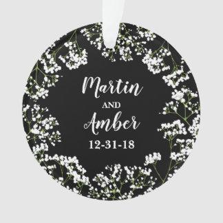 Babys Atem-personalisiertes Hochzeits-Datum am Ornament