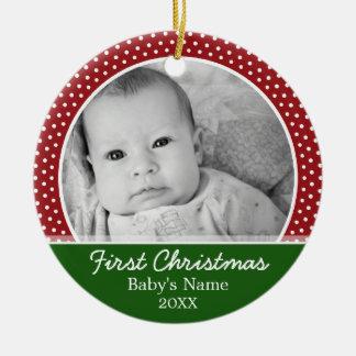 Babys erstes Weihnachten - rote Tupfen Rundes Keramik Ornament