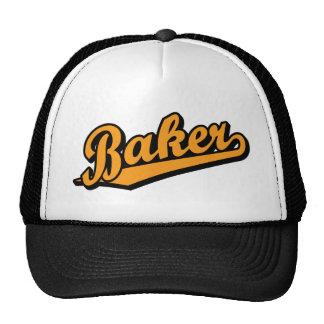 Bäcker in der Orange Baseball Cap