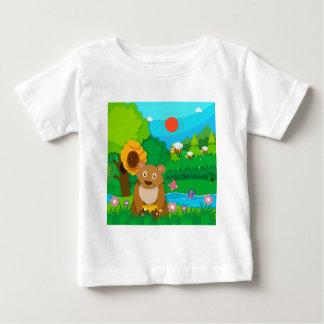Bäckereithema mit Kindern und kleinen Kuchen Baby T-shirt