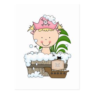 Badewannen-Piraten - blonde Mädchen-T-Shirts und Postkarte