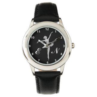 Ballerina im Silber auf Schwarzem mit Monogramm Armbanduhr