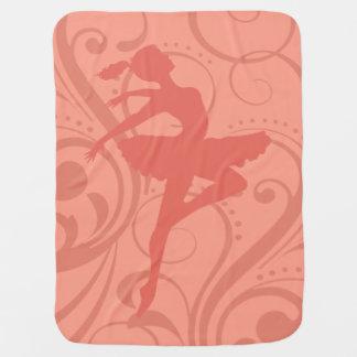 Ballerina-Rotation mit Pfirsich des Wirbel | Puckdecke