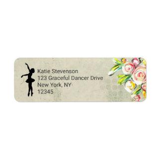 Ballerina-Silhouette auf Vintagem Blumenentwurf Rücksende Aufkleber