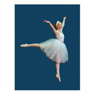Ballerina-Tanzen auf blauer Postkarte