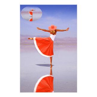 Ballerina-Tanzen auf dem Strand Briefpapier