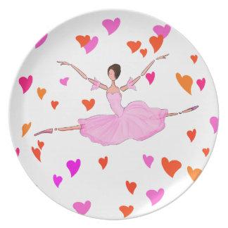 Ballerinatanzen in den bunten Herzen Melaminteller