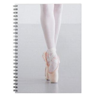 Ballett-Tänzer Pointe beschuht rosa Pantoffel Spiral Notizblock