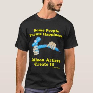 Ballon-Künstler stellen Glück-Hände und Hund her T-Shirt