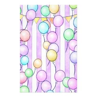 Ballone auf Rosa Stripes Einklebebuch-Papier Briefpapier