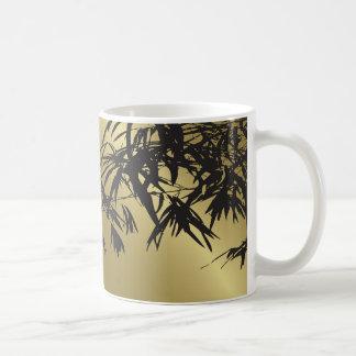 Bambus verlässt Schwarzes + Goldkundenspezifische Kaffeetasse