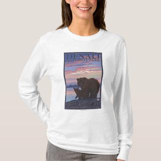 Bär und CUB - Denali Nationalpark, Alaska T-Shirt