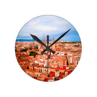 Barcelona Runde Wanduhr