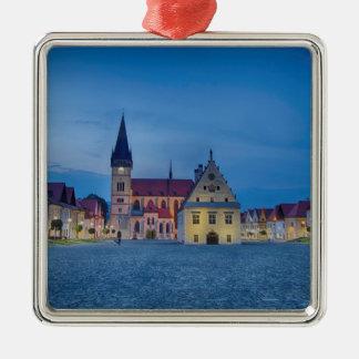 Bardejov ist eine Stadt von Slowakei Quadratisches Silberfarbenes Ornament