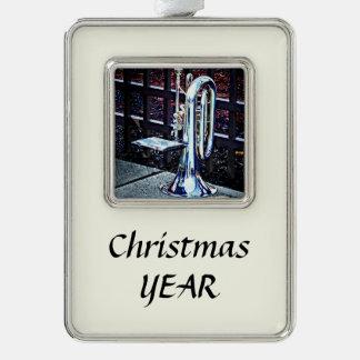 Bariton-Horn vor Parade Rahmen-Ornament Silber