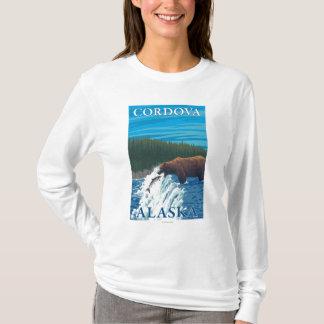 Bärn-Fischen im Fluss- Cordova, Alaska T-Shirt