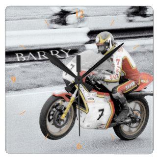 Barry Sheene 2, die Hand tönte Version ab Quadratische Wanduhr