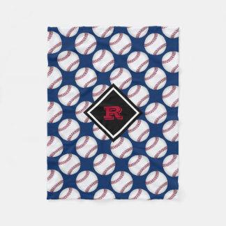 Baseball trägt mit Monogramm rotes weißes Blau zur Fleecedecke
