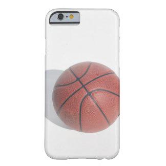 Basketball auf weißem Hintergrund Barely There iPhone 6 Hülle