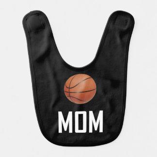 Basketball trägt Mamma zur Schau Lätzchen