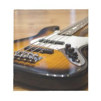Bass-E Bass-Instrument-Schnüre der Bass-Gitarren- Notizblock