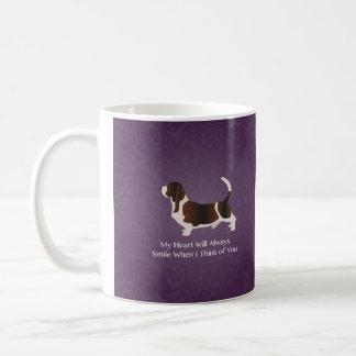 Basset Hound, das an Sie Entwurf denkt Kaffeetasse