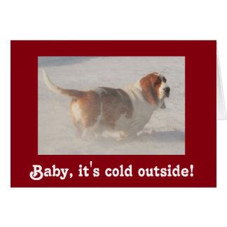Basset Hound in der Schneegrußkarte Karte