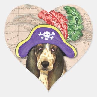 Basset Hound-Pirat Herz-Aufkleber