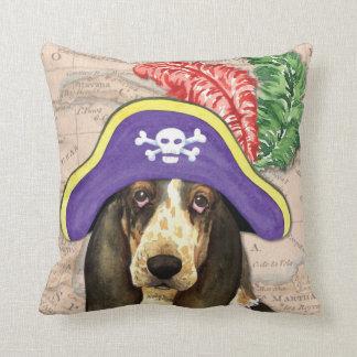 Basset Hound-Pirat Kissen