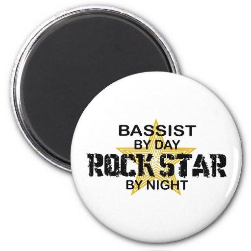 Bassist-Rockstar bis zum Nacht Kühlschrankmagnet