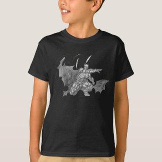 Batman, der Batarangs Zeichnen wirft T-Shirt