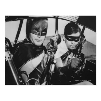 Batman und Robin in Batmobile Postkarte