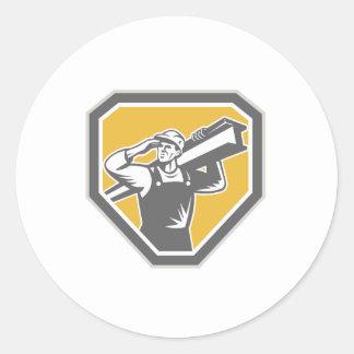 Bau-Stahlarbeiter tragender Ich-Strahl Retro Runde Sticker