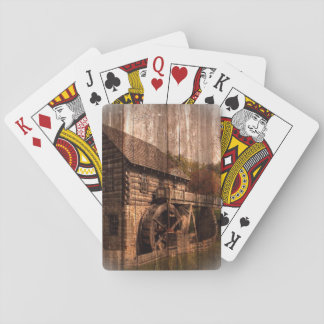 Bauernhausmühlwasserrad der ursprünglichen Scheune Spielkarten