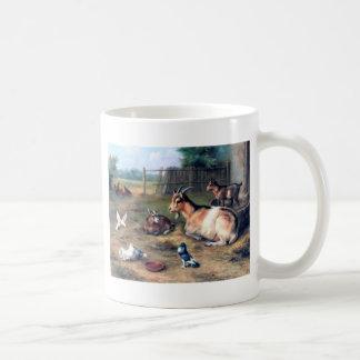 Bauernhof-Ziege scherzt Tauben Kaffeetasse