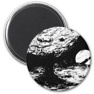 Baum auf Titanen Runder Magnet 5,7 Cm