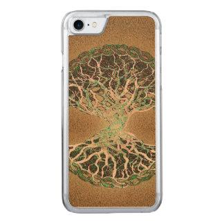 Baum des Lebens Carved iPhone 8/7 Hülle