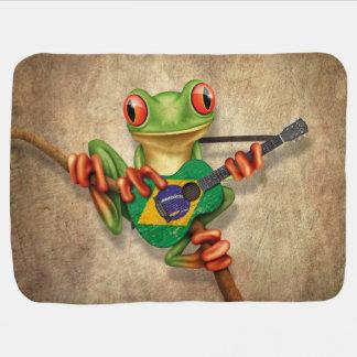 Baum-Frosch, der brasilianische Flaggen-Gitarre Puckdecke