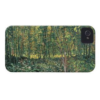 Bäume Vincent van Goghs   und Unterholz, 1887 iPhone 4 Cover