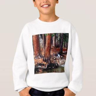 Bäumeyosemite-Nebenfluss-Zedern Sweatshirt