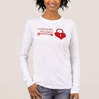 Bauschlosser wollte Herz-Verschluss des Valentines Langarm T-Shirt