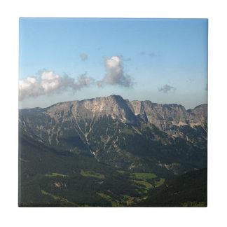 Bayerische Alpen nähern sich Berchtesgaden Fliese