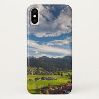 Bayerische alpine Landschaft iPhone X Hülle