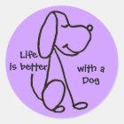 BB Leben ist mit Hundeaufklebern besser Runder Aufkleber